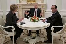 Jednání Merkelové, Hollandeho a Putina v Moskvě.