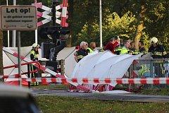 Při nehodě na železniční přejezdu v nizozemském městě Oss zemřely na místě čtyři děti.