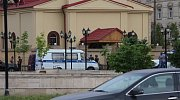 Situace před kostelem v Grozném po útoku