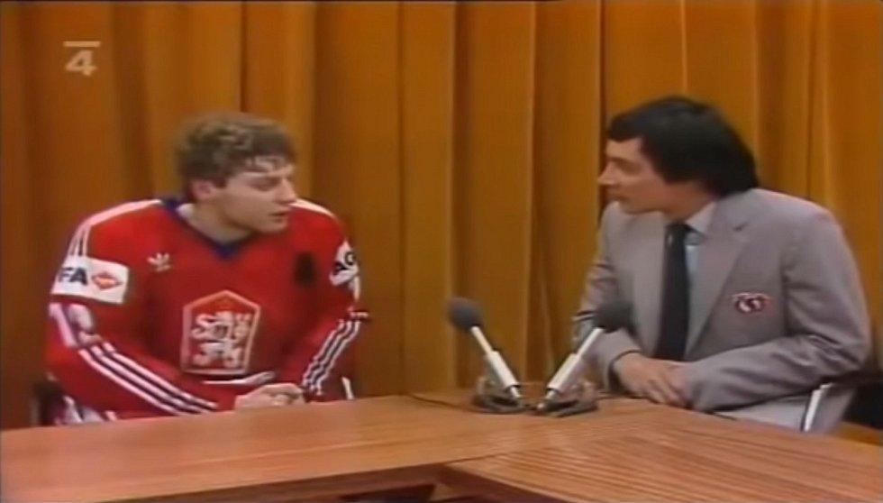 V roce 1985 se českoslovenští hokejisté stali v Praze mistry světa. A opět byl vidět lev