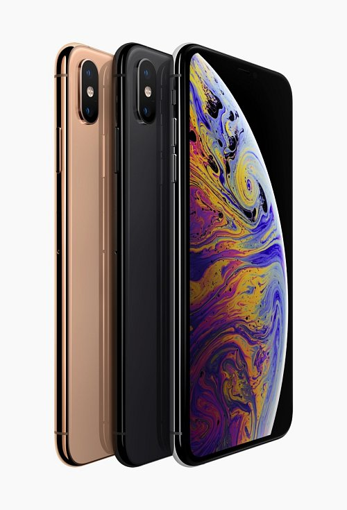 Barevné varianty iPhonu Xs.