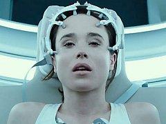Hráči se smrtí. Ellen Page ve filmu Nielse Ardena Opleva