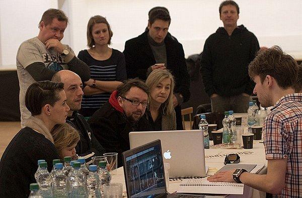 Premiérou Letních shakespearovských slavností 2013bude inscenace Sen noci svatojánské.  Režijní tým, tandem SKUTR neboli Martin Kukučka a Lukáš Trpišovský, již zahájil zkoušení.