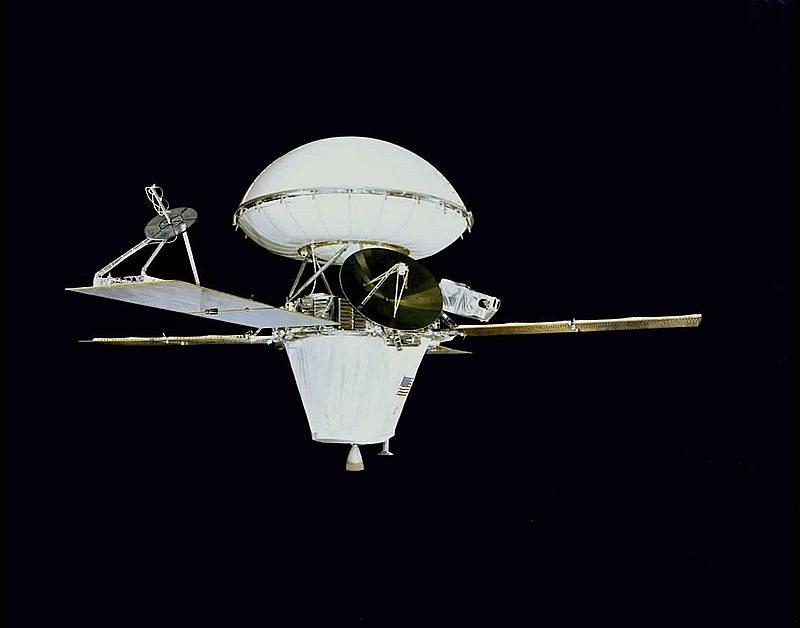 Sonda Viking 1 s přistávacím modulem. Se sondou Viking 2, s níž tvořily stroje programu Viking, byly identické.