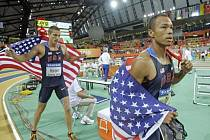 Na halovém mistrovství obhájil titul v sedmiboji Američan Bryan Clay (vpravo), druhý skončil jeho krajan Trey Hardee (vlevo).
