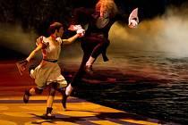 Ve spolupráci se společností Bontonfilm uvede pražské kino Lucerna poslední den v roce předpremiérovou projekci snímku v produkci Jamese Camerona Cirque du Soleil: Vzdálené světy 3D.