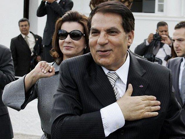 Tuniský prezident Zín Abidín bin Alí s manželkou Leilou.