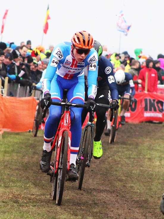 Závod mužů do 23 let ovládl na MS v dánském Bogense. Tomáš Kopecký.