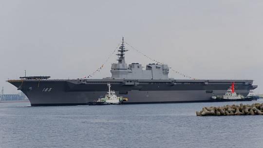 Japonské vrtulníkové nosiče třídy Izumo budou přestavěny na letadlové lodě.