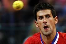 Novak Djoković přispěl dvěma body k postupu Srbska do finále Davis Cupu.