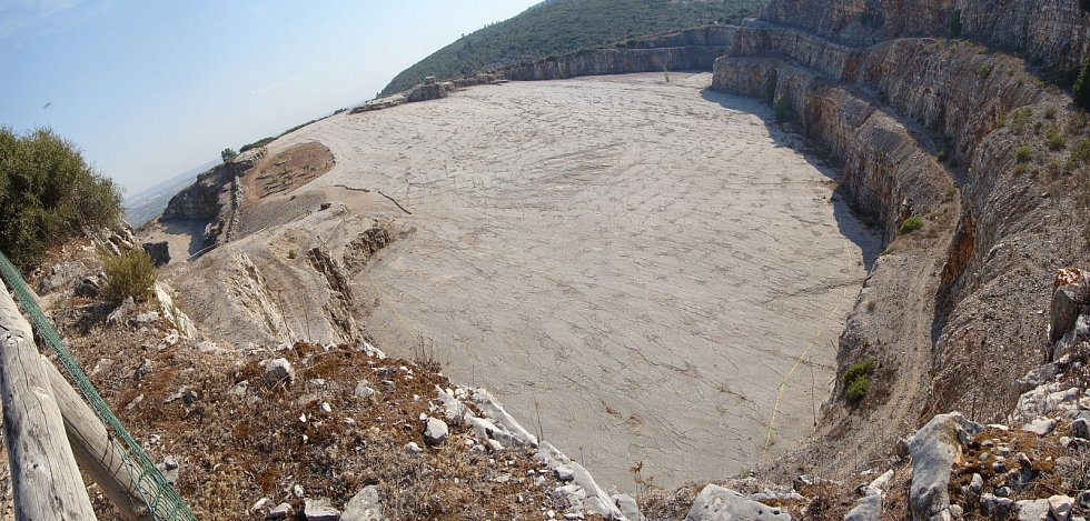 Nejstarší a nejdelší stopa po sauropodovi zůstala otištěna v půdě přírodního parku Serra d'Aire ve středním Portugalsku