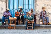 Kuba, to je také spousta skvělých pouličních muzikantů a žhavých karibských rytmů...