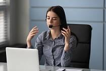 Telemarketing, prodej po telefonu - ilustrační foto