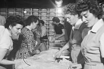 Slavnostní otevření Domu módy v červenci 1956