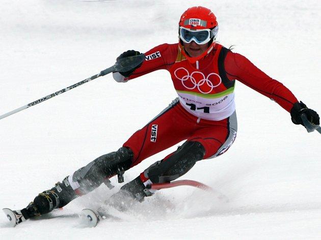 Šárka Záhrobská si na úvod nové sezony připsala první body do hodnocení Světového poháru. V rakouském Söldenu obsadila dvacáté místo v obřím slalomu.