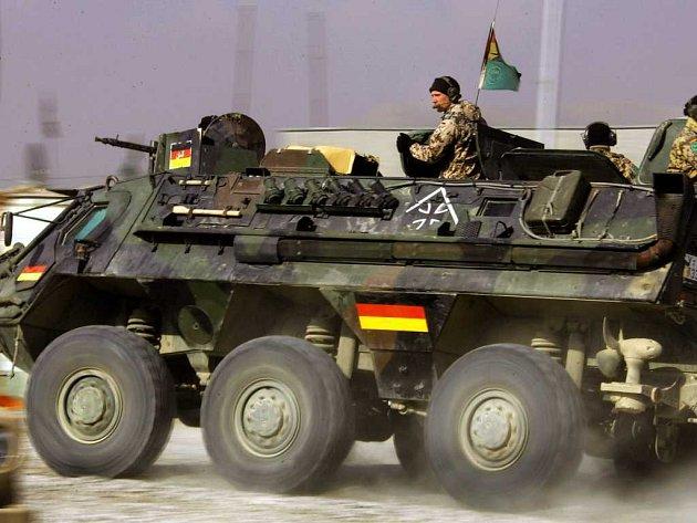 V Afghánistánu je v rámci mezinárodní mise pod vedení NATO okolo 3 000 německých vojáků s technikou.