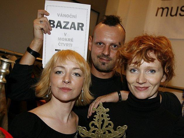Herečky Aňa Geislerová a Taťána Vilhelmová a režisér Peter Serge Butko.