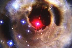 Takto dopadla předchozí hvězdná exploze, V838 Monocerotis