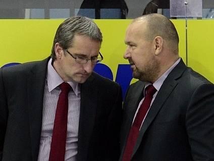 Pardubičtí trenéři Mojmír Trličík (vlevo) a Ladislav Lubina.