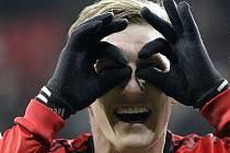 Bastian Schweinsteiger z Bayernu Mnichov si výhru nad Leverkusenem užíval.