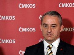 Předseda Českomoravské konfederace odborových svazů (ČMKOS) Josef Středula vystoupil 24. května v Praze na tiskové konferenci na sněmu ČMKOS.