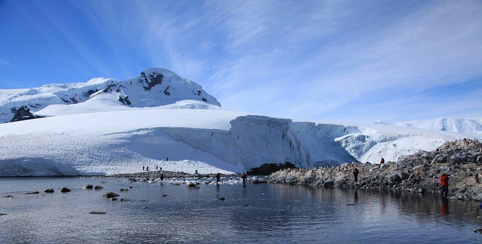 Turisté v Antarktidě