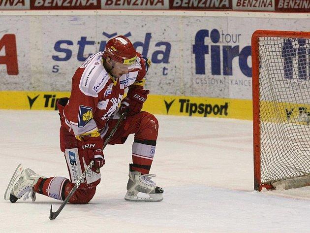 Třinec na kolenou, v Litvínově nevyhrál ani jeden zápas.