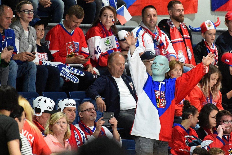 Mistrovství světa v Bratislavě - skupina B - Česko proti Švýcarsku v červeném