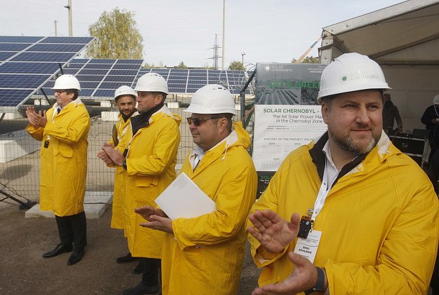 Solární elektrárna v Černobylu na Ukrajině.