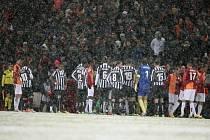 Zápas Juventusu s Galatasarayem se nedohrál kvůli hustému sněžení.