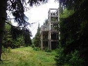 Bývalý důl Přebuz: těžní věž hlavní šachty