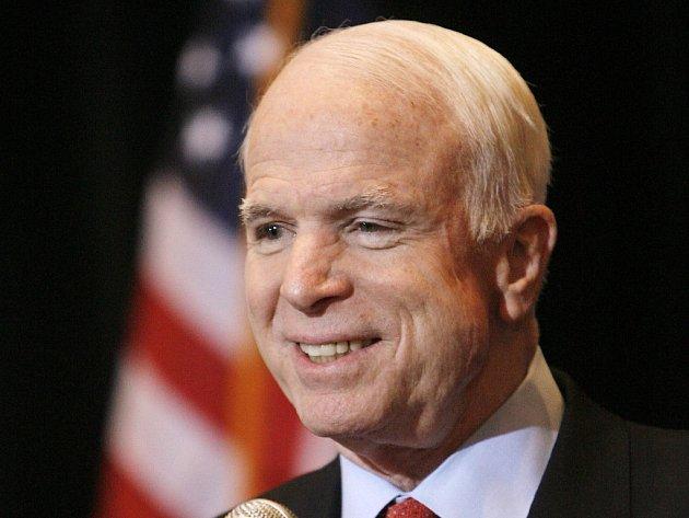 Republikánský kandidát na prezidenta USA John McCain.