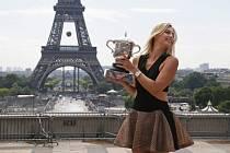 Poslední den French Open: Maria Šarapovová s trofejí