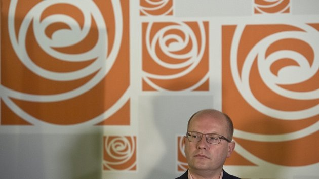 Bohuslav Sobotka ve volebním štábu ČSSD