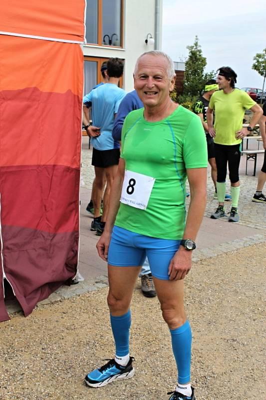 Známý kardiochirurg Jan Pirk miluje sport, zejména běh a běžecké lyžování, a účastní se i různých závodů