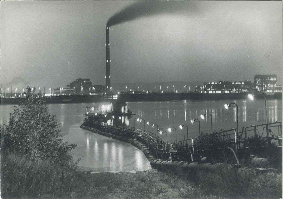 Původní elektrárna Ledvice - pohled z odkaliště Eleonora