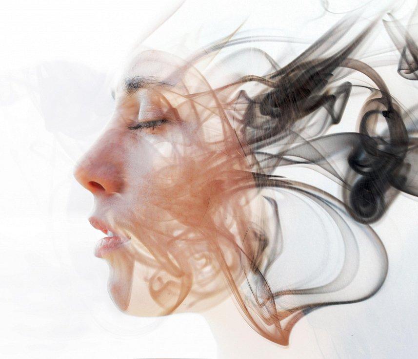 Hypnóza může urychlovat nebo zefektivňovat procesy učení nebo terapie, rozhodně z vás ale sama o sobě neudělá lepšího nebo šťastnějšího člověka.