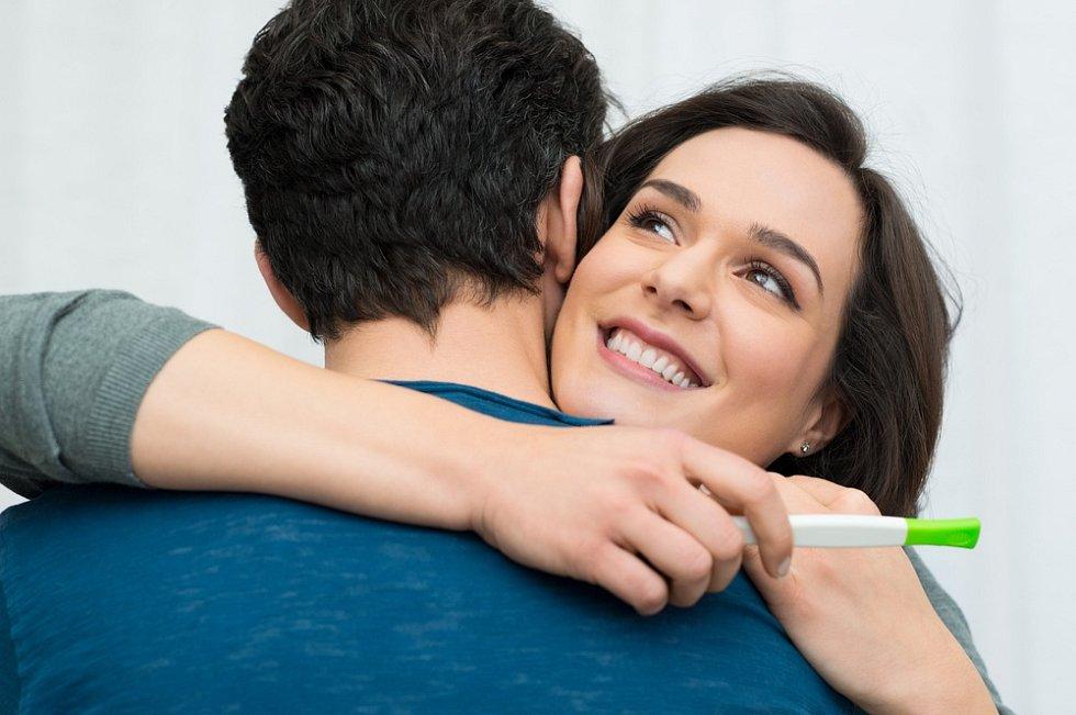 Radost z těhotenství - ilustrační foto.