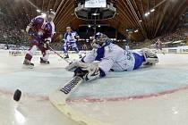 Spengler Cup začal jasnou výhrou Servette Ženeva