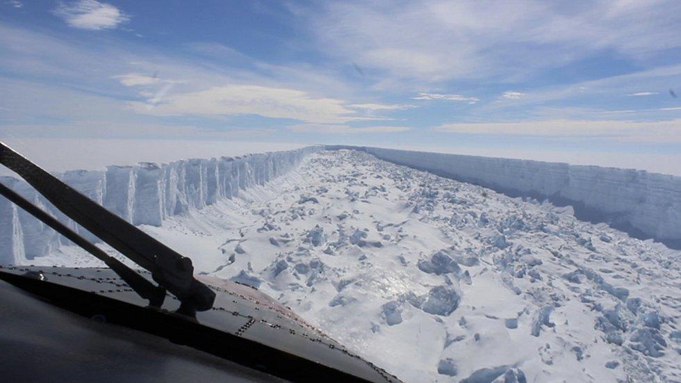 Ledovec v Antarktidě