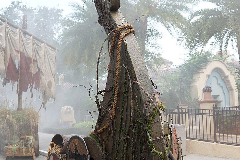 Model vikingské lodi ze zábavní atrakce Halloween Horror Nights