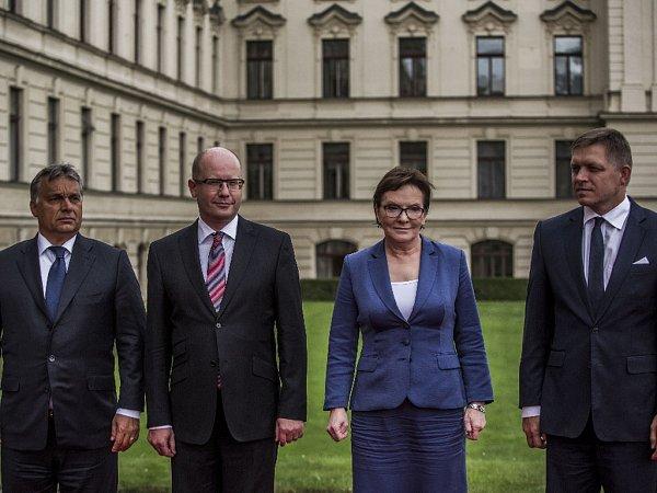 Premiéři zemí Visegrádské čtyřky se sjeli 4.září do Prahy na mimořádný summit kvůli uprchlíkům.