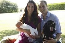 První oficiální focení královského páru s novorozeným princem Georgem.