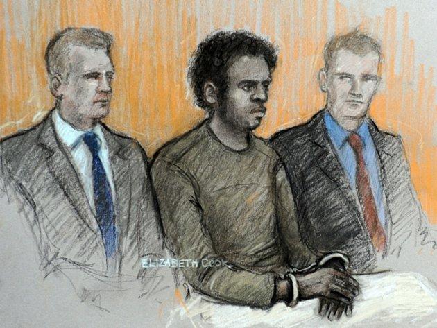 Druhý z obviněných Michael Adebowale u londýnského soudu.