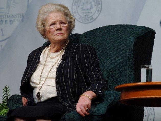 Ve věku 91 let zemřela v sobotu večer Mary Soamesová, která byla posledním žijícím dítětem slavného britského politika Winstona Churchilla.
