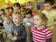 Pardubické školy i domy dětí  už teď zdobí olympijské vlajky