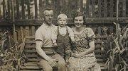Walter Sitte se narodil v roce 1935 do sudetoněmecké rodiny kousek od německých hranic v Hrádku nad Nisou