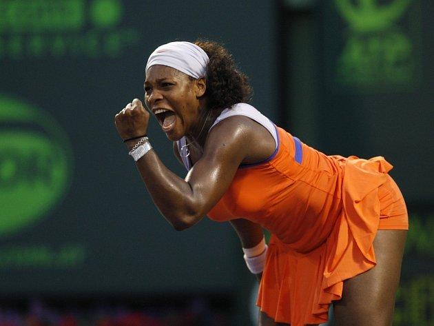 Serena Williamsová znovu okusí pocit být světovou tenisovou jedničkou.