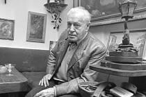 PÍSŇOVÝ POKLAD. Zpěvy sladké Francie a jejich nejslavnější český interpret, herec Eduard Kohout, v roce 1969