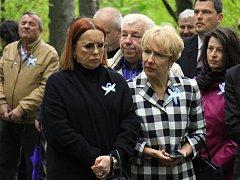VNUČKY. Sestřenice Elena Koněva (vlevo) a Anna Koněva.